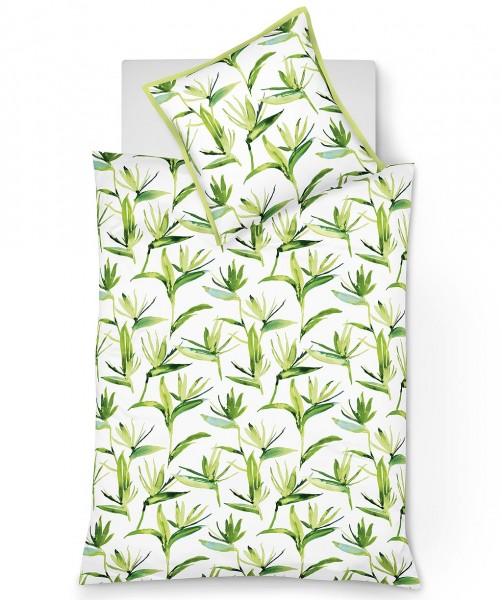 Gras grüne Mako Satin Blumen Bettwäsche mit Stehsaum von fleuresse modern garden 135x200