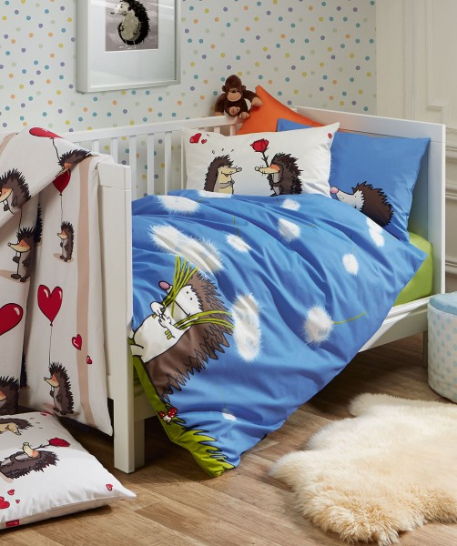 fleuresse kids Gunga Kinderbettwäsche mit Igel in Blau 100x135