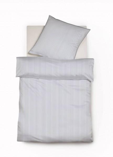 Hellblaue Mako Satin Streifenbettwäsche mit Paspel von fleuresse modern life 155x220