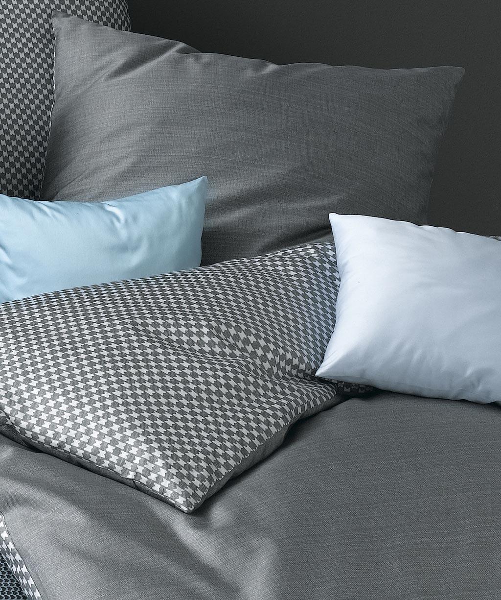 fleuresse bettw sche 240x220 reduziert sale ladyproject. Black Bedroom Furniture Sets. Home Design Ideas