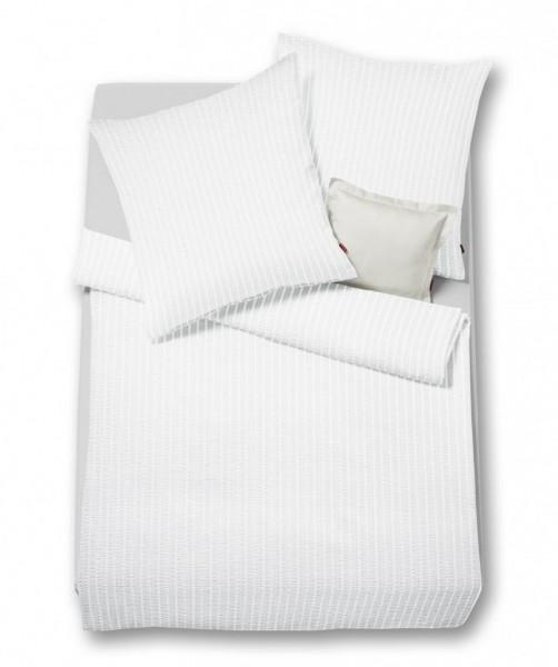 Weiße bügelfreie Seersucker Bettwäsche von fleuresse rio 155x220