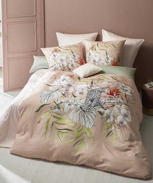 Moderne Blumen Bettwäsche mit Leopard und Wendeseite von fleuresse bed art in Hibiskus 155x220