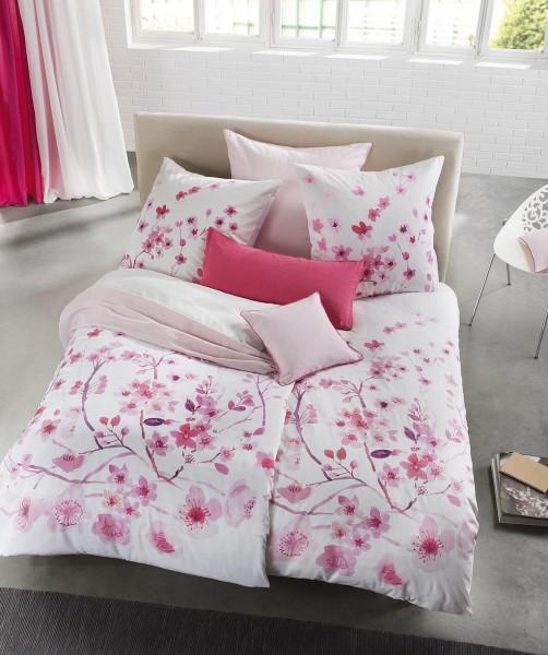 Rosa Wendebettwäsche mit Kirschblüten von fleuresse bed art 155x220