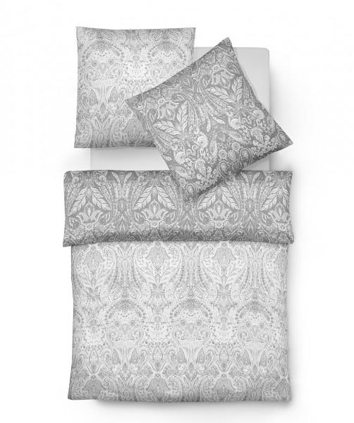 Graue Wendebettwäsche mit Ornament von fleuresse modern classic in 155x220
