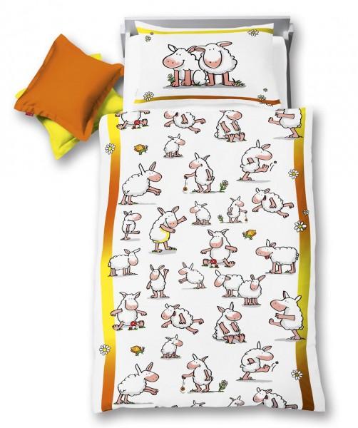 fleuresse kids Gunga Kinderbettwäsche mit lustigen Schafen in Weiß 100x135