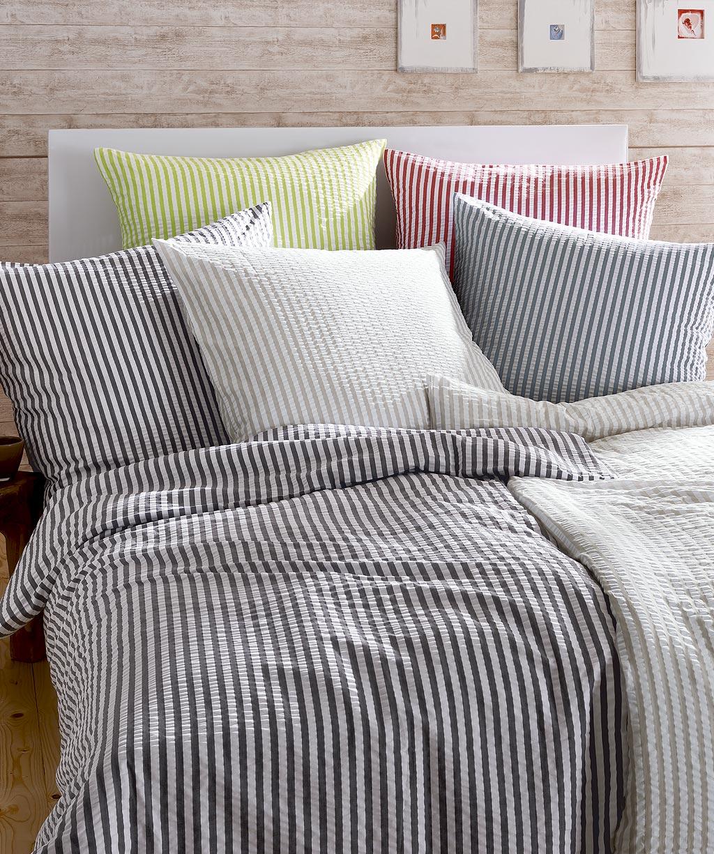 marine blaue seersucker bettw sche b gelfrei 443342 21 von fleuresse rio 155x220 155x220. Black Bedroom Furniture Sets. Home Design Ideas