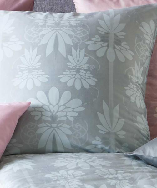 Mako Satin Bettwäsche mit Ornamenten in Grau von fleuresse modern life 155x220