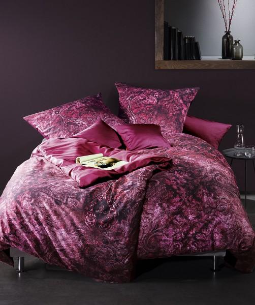 Luxus Bettwäsche mit Paisley und Wendeseite von fleuresse bed art in Beere 135x200
